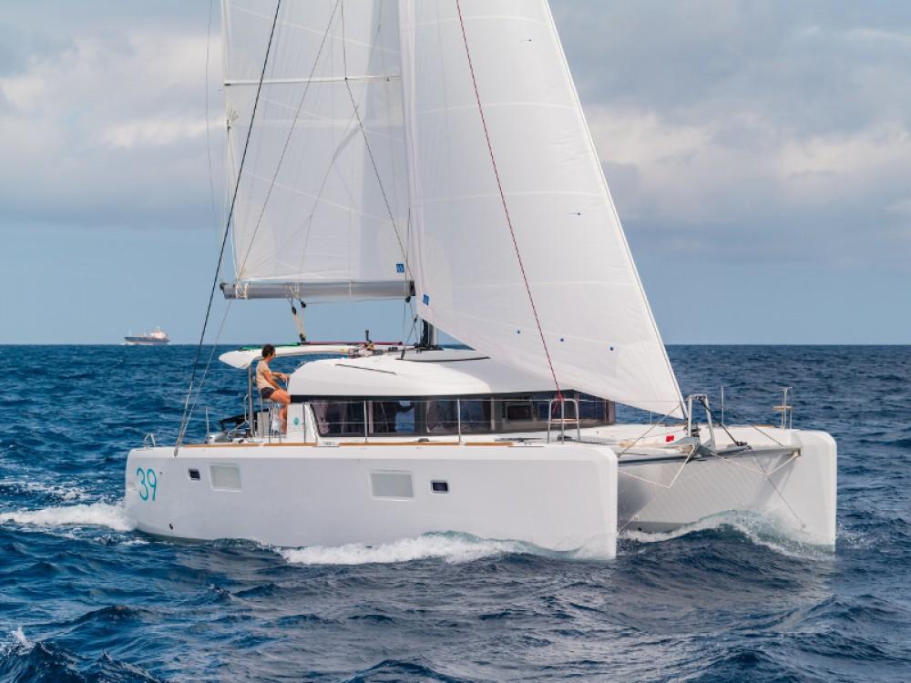 Boat rental Marina de Alimos cheap Lagoon 39