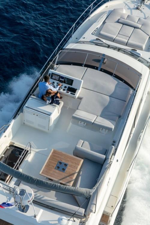 Rental yacht ACI Marina Dubrovnik - Jeanneau Prestige 590 Fly on SamBoat