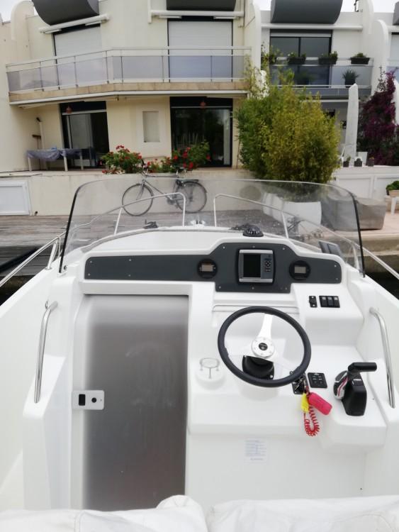 Boat rental Jeanneau Cap Camarat 7.5 CC Style in Le Grau-du-Roi on Samboat