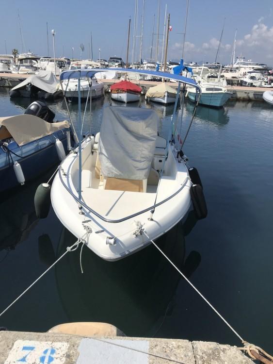 Location bateau Antibes pas cher Cap 500