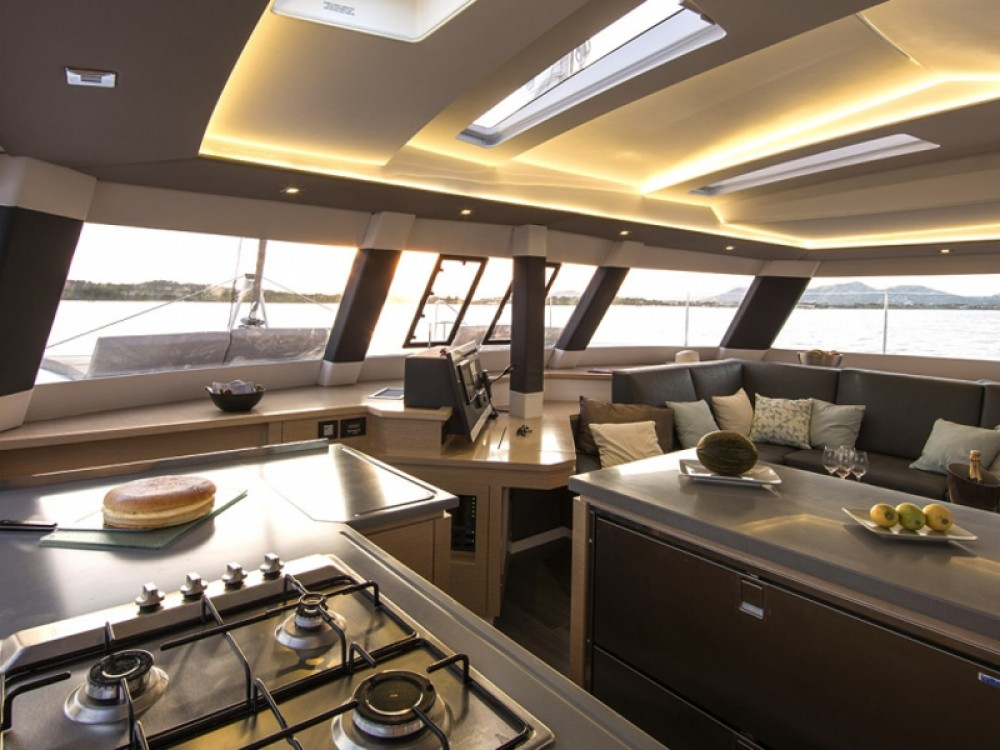 Rental yacht Marina de Alimos - Fountaine Pajot Saba 50 -  5 cabin version on SamBoat