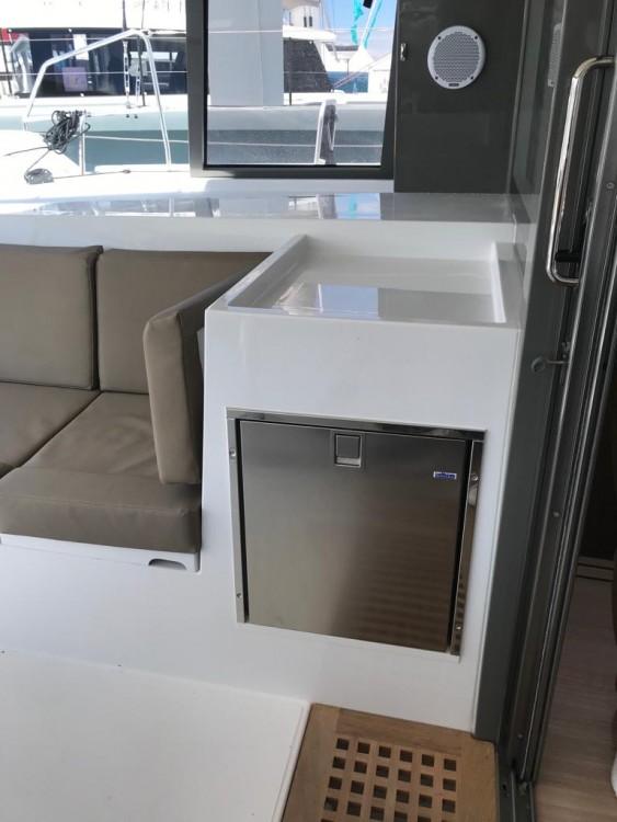 Boat rental Nautitech Nautitech 40 in Cagliari on Samboat