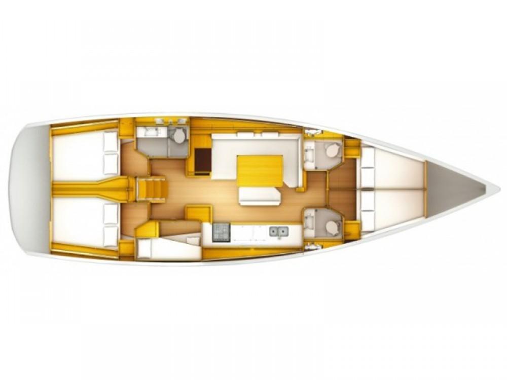 Boat rental Jeanneau Sun Odyssey 519 in Palmeira on Samboat