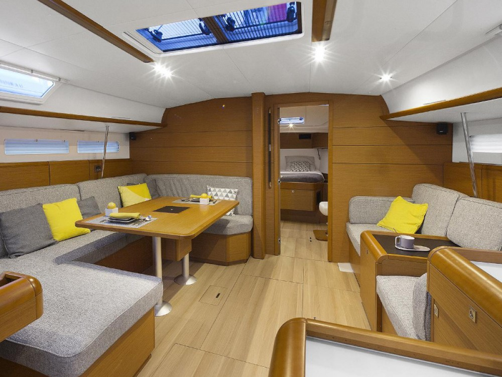 Jeanneau Sun Odyssey 519 between personal and professional Palmeira
