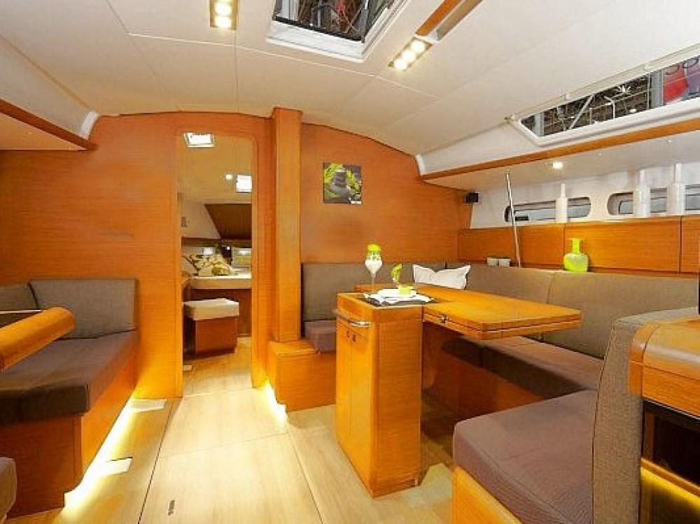 Boat rental Keramoti cheap Sun Odyssey 439