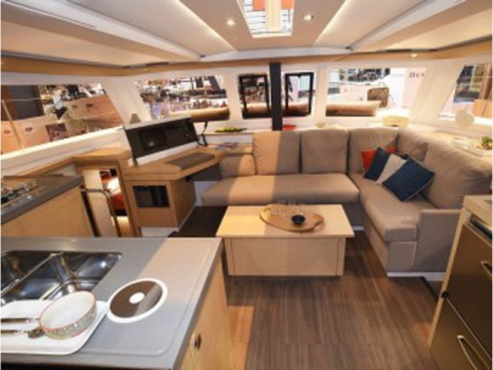 Rental Catamaran in Victoria - Fountaine Pajot Lucia 40