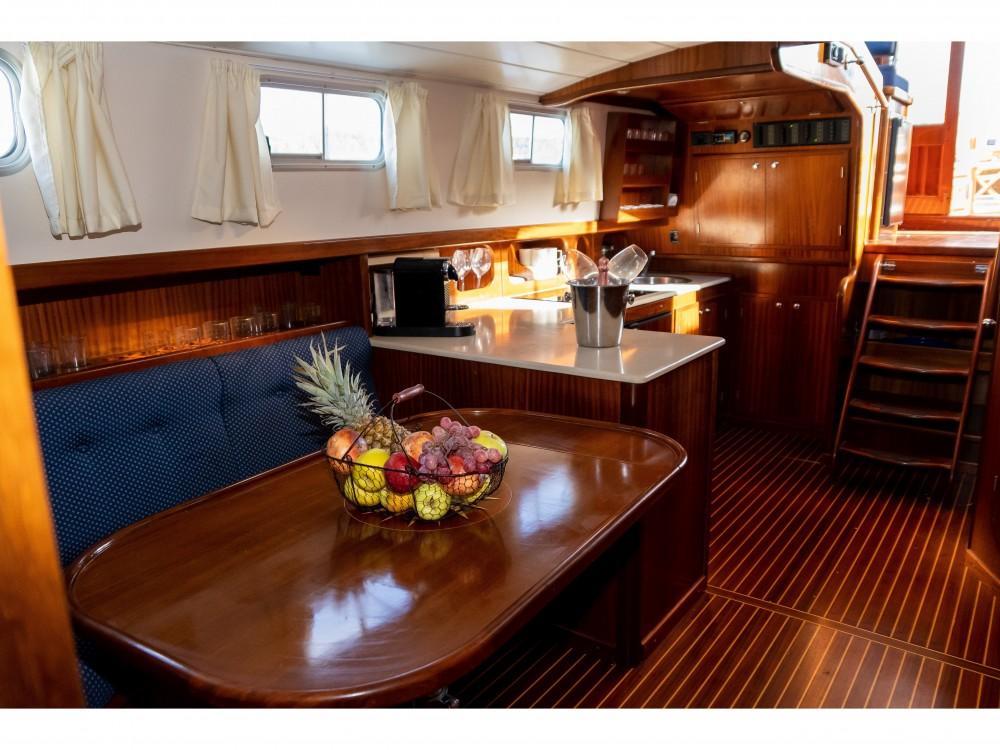 Boat rental Astilleros Menorquin 150 in Port de Pollença on Samboat