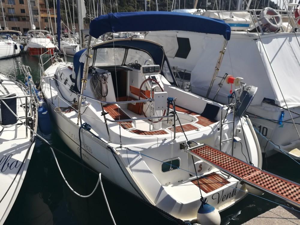 Boat rental Castiglione della Pescaia cheap Oceanis 323