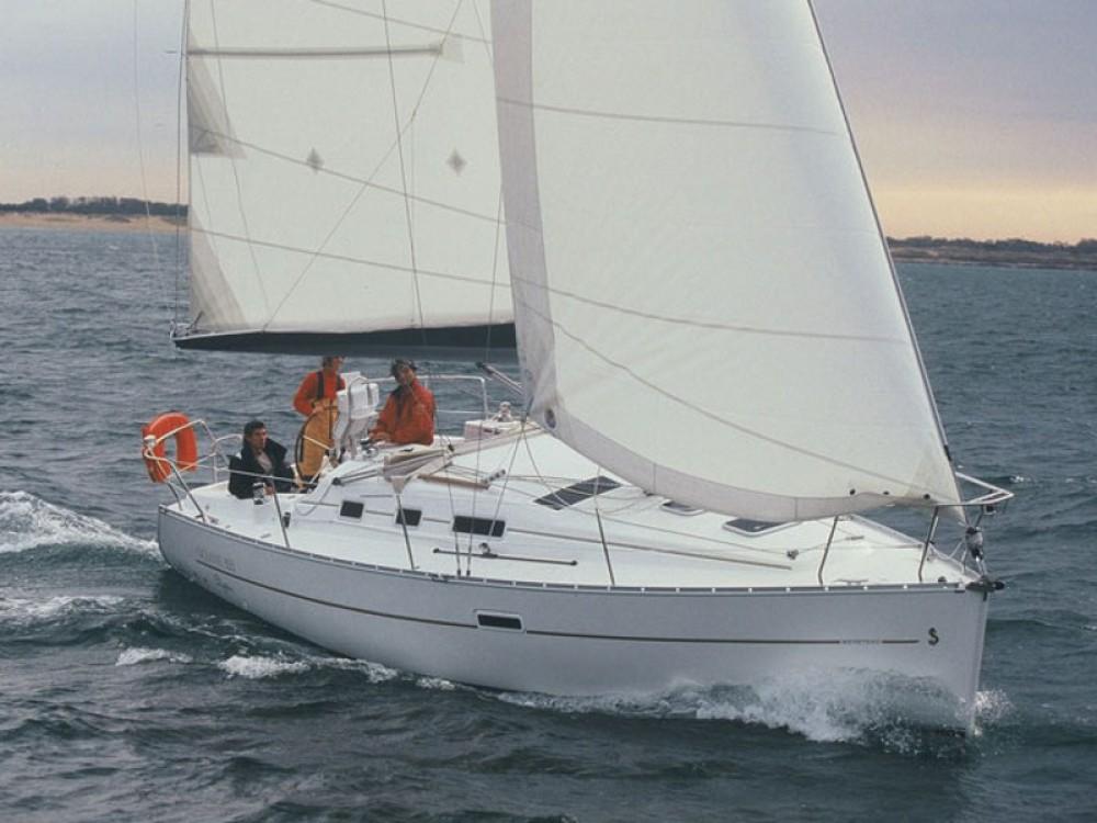 Hire Sailboat with or without skipper Bénéteau Castiglione della Pescaia