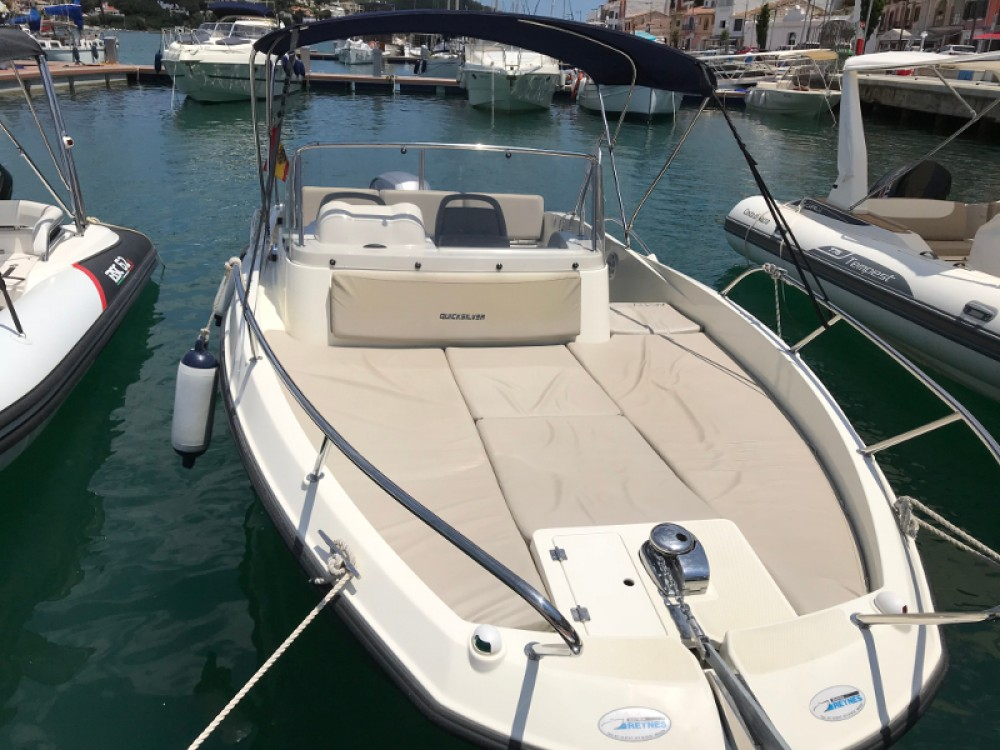Rent a Quicksilver Quicksilver 605 Sundeck Maó