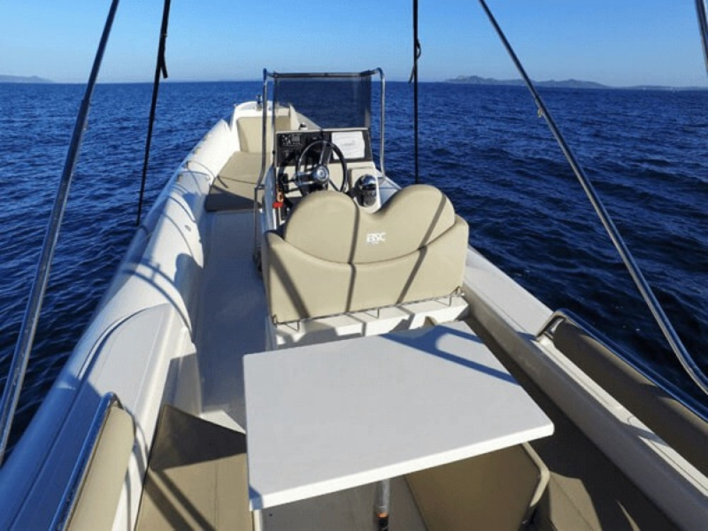 Hire Motor boat with or without skipper Bsc Maó