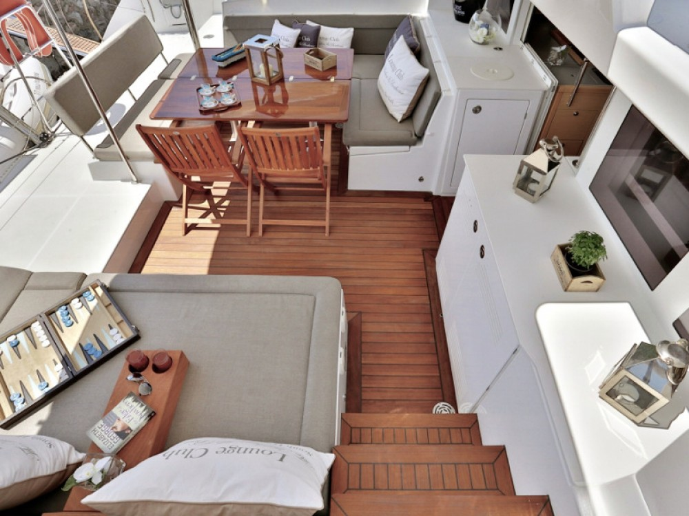 Boat rental Marina de Alimos cheap Lagoon 450