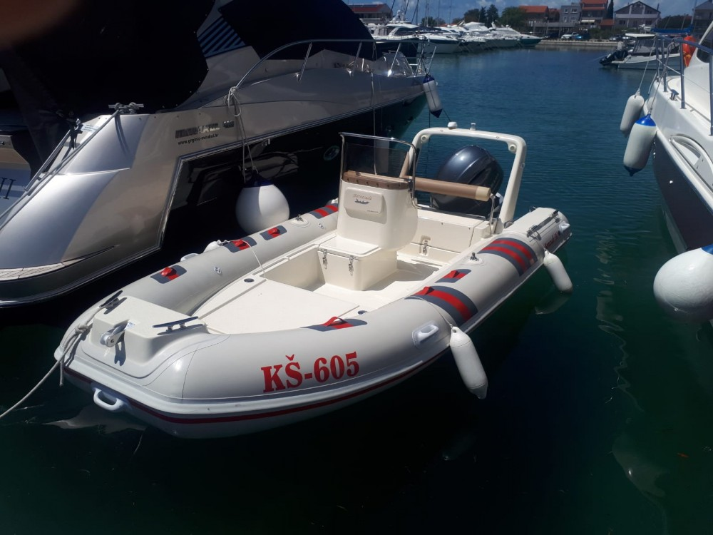 Rent a Barracuda Barracuda Marina Pirovac