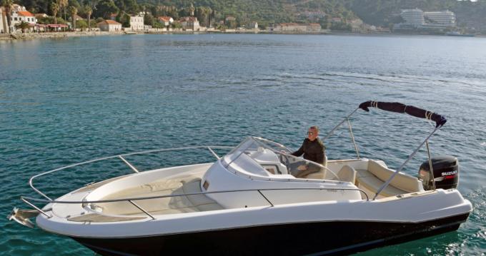 Jeanneau Cap Camarat 755 entre particuliers et professionnel à Dubrovnik