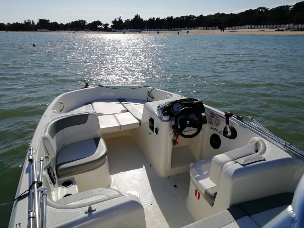Location yacht à Noirmoutier-en-l'Île - Bayliner Element E5 sur SamBoat