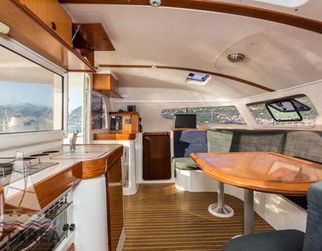 Hire Catamaran with or without skipper Nautitech Veneto