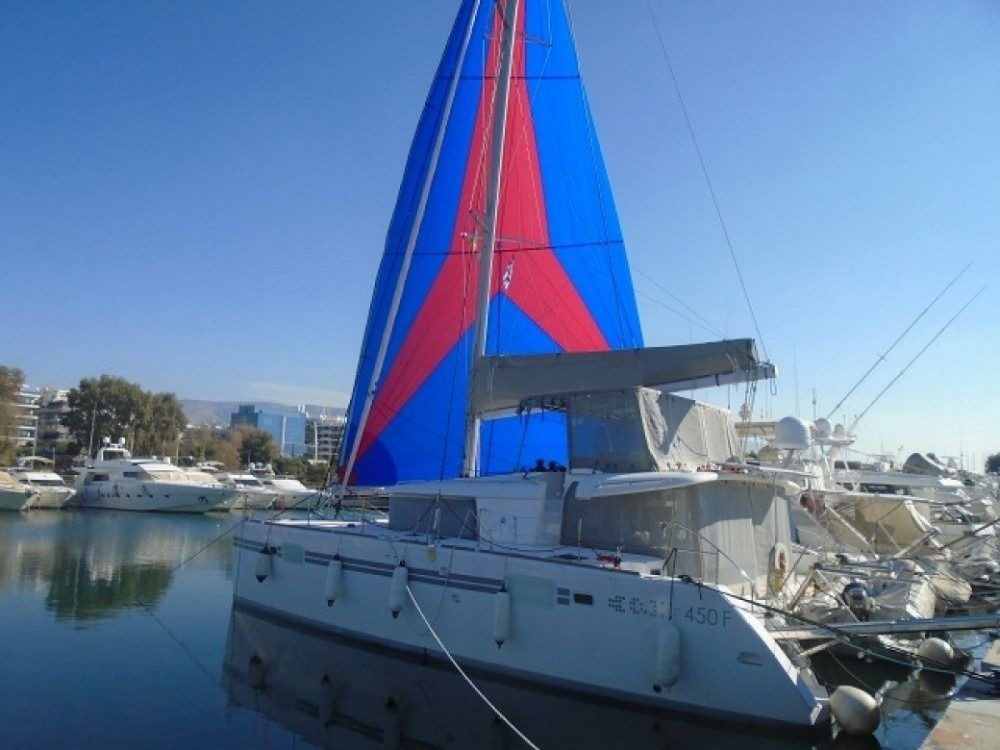 Rental Sailboat in Attica - Lagoon 450f