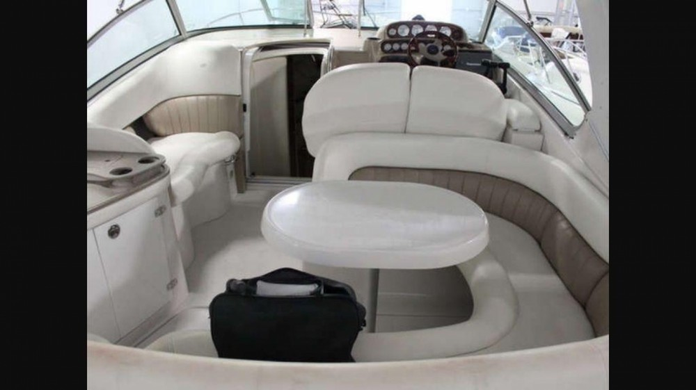 Rental Motor boat in Lavagna - Four Winns Vista 288