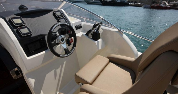 Location yacht à Nice - Jeanneau Cap Camarat 8.5 WA sur SamBoat