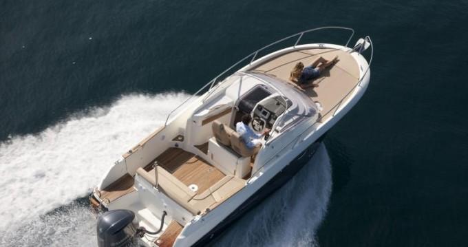 Location bateau Jeanneau Cap Camarat 8.5 WA à Nice sur Samboat