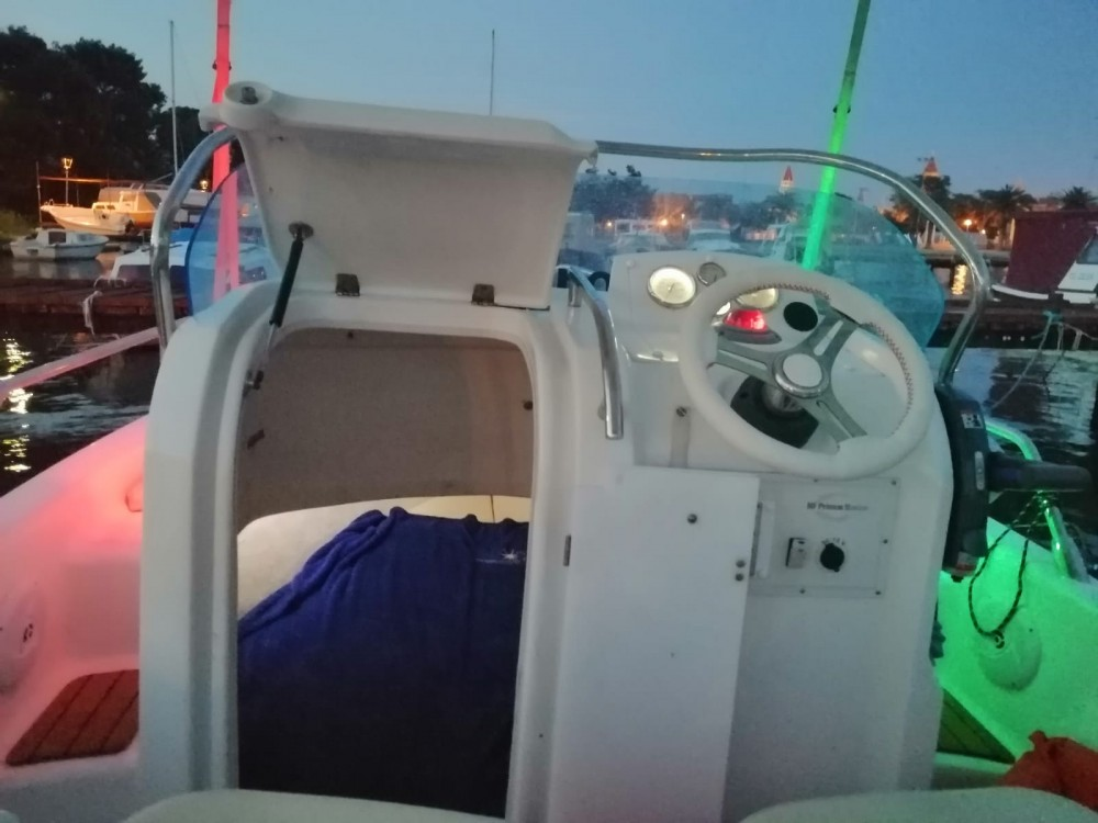 Hire Motor boat with or without skipper Primus marine Trogir