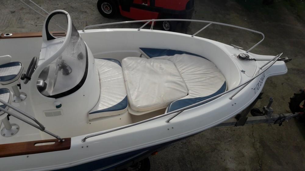 Location bateau Vilaboa pas cher Quicksilver 630 Open