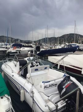 Rental Motor boat in Mandelieu-la-Napoule - Ranieri Shadow 20
