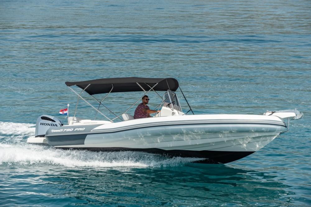 Bootsverleih Marlin Boat 790 Pro Dynamic Trau Samboat