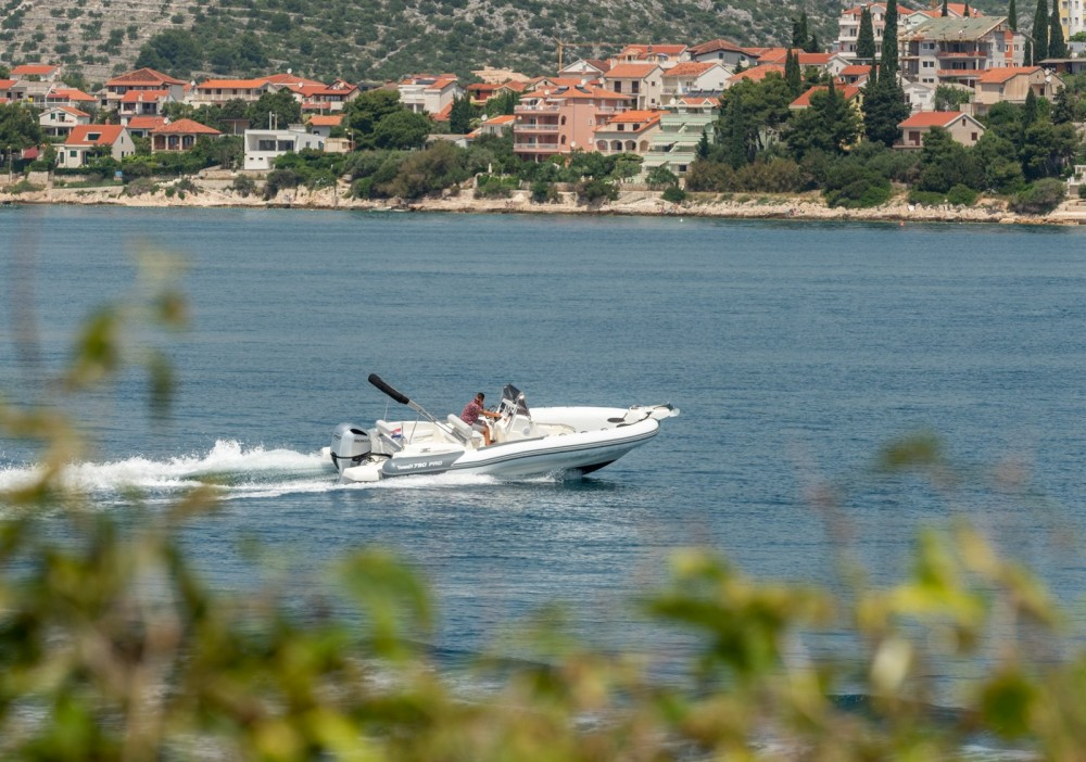 Location Semi-rigide à Trogir - Marlin Boat 790 Pro Dynamic