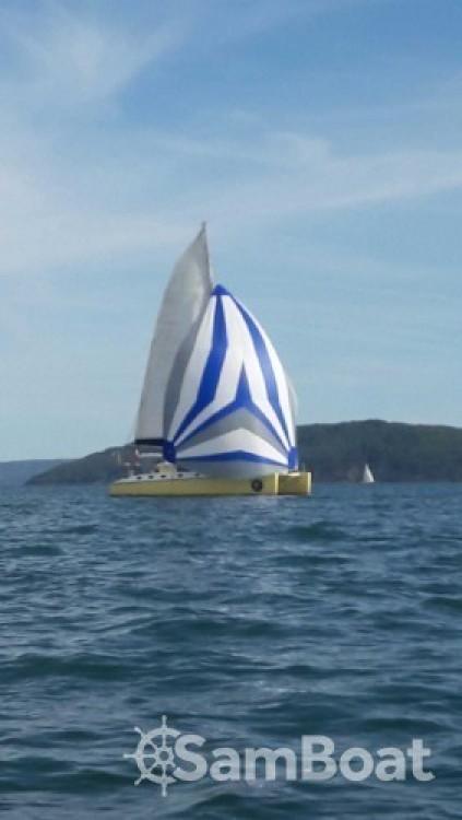 Location bateau Caroff LAZZI 1402 à Hyères sur Samboat