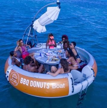 Location bateau Artthink GmbH BBQ Donuts Boat à Le Marin sur Samboat
