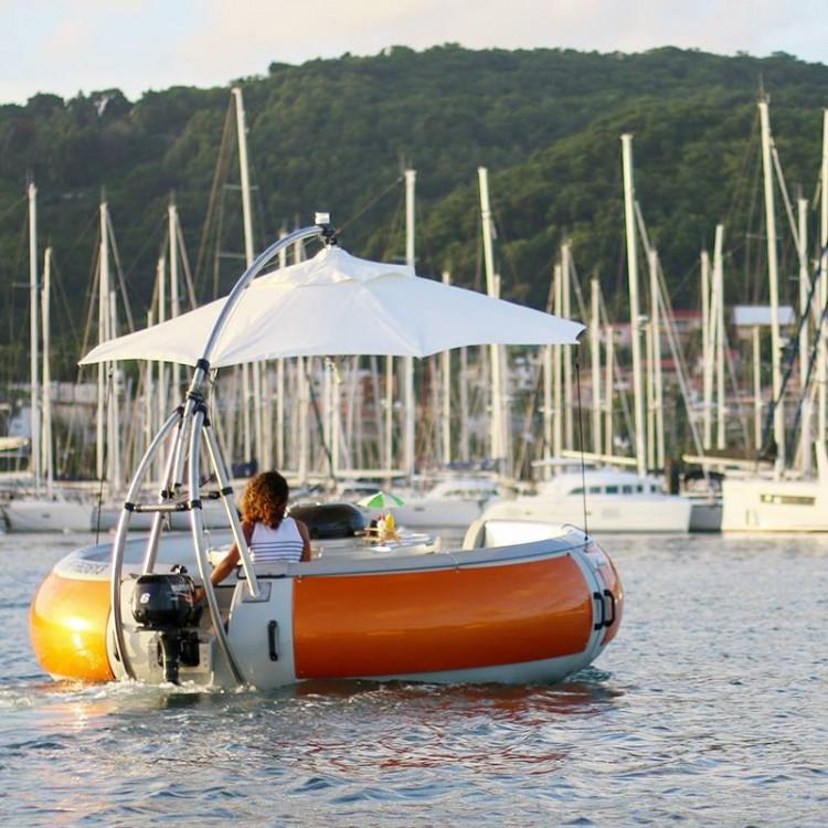 Alquiler de barcos Le François barato de BBQ Donuts Boat
