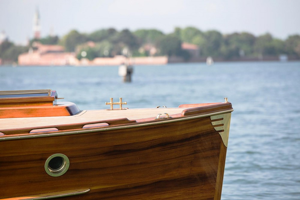 Hire Motor boat with or without skipper Pettersson Model R29 OC Venice
