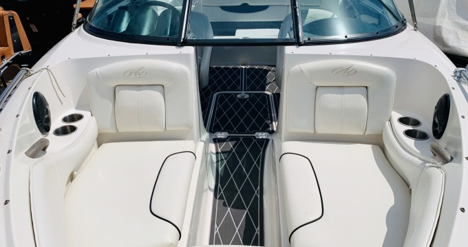 Rental Motor boat Monterey with a permit