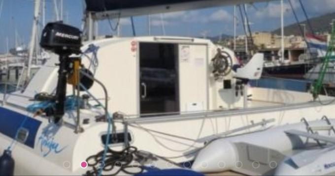 Location bateau Fountaine Pajot Antigua 37 à Premià de Mar sur Samboat