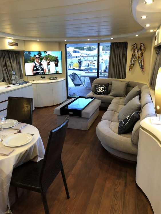 Hire Yacht with or without skipper Maiora Saint-Tropez