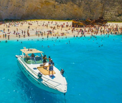 Hire Yacht with or without skipper Cranchi Zakynthos