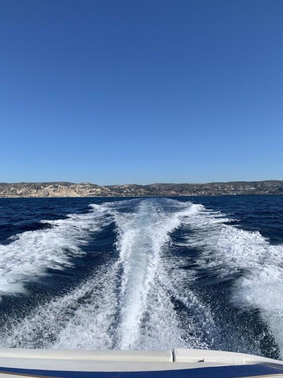Rent a Bayliner Bayliner 602 Cuddy Marseille