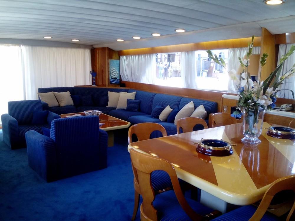 Yacht à louer à Chania Municipality au meilleur prix