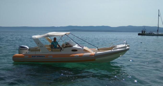Location yacht à Bol - Aquamax B27 sur SamBoat