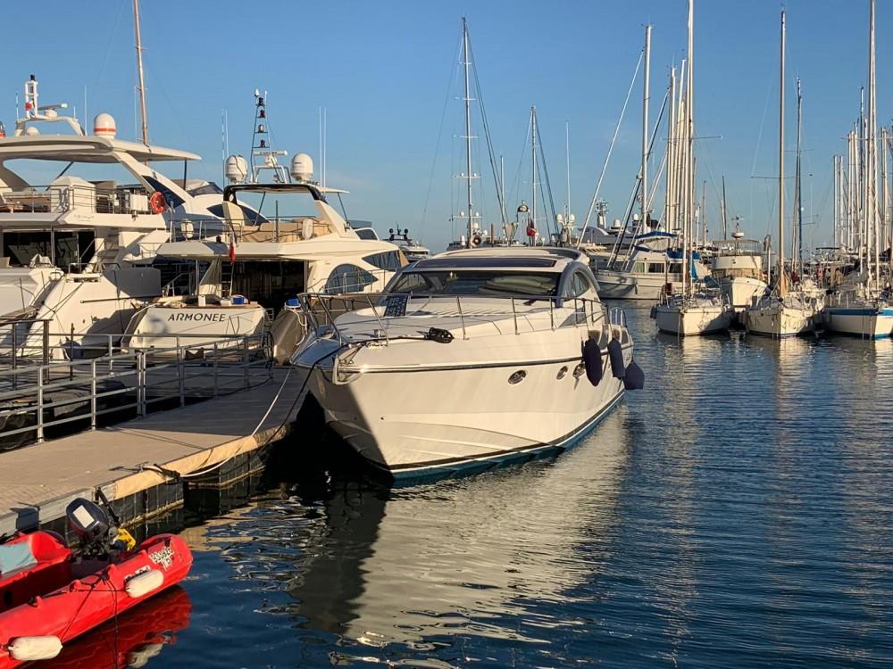 Rizzardi 45 entre particuliers et professionnel à Cannes