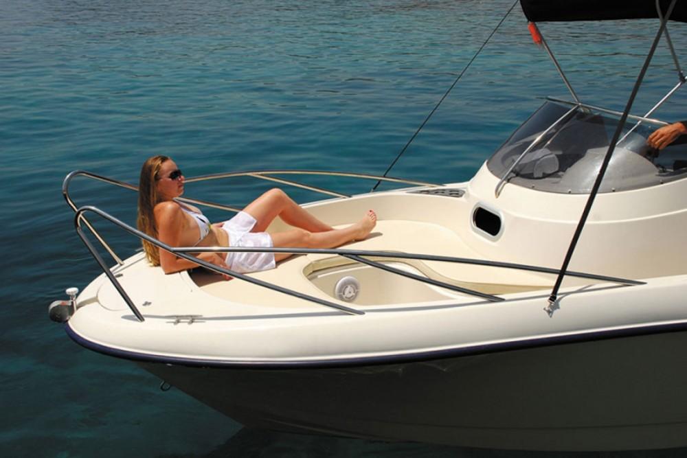 Motorboot te huur in Zakynthos voor de beste prijs
