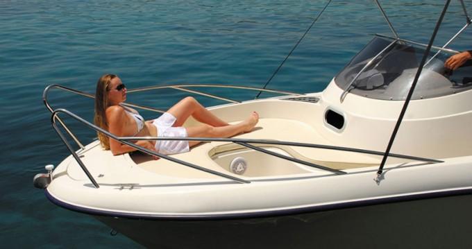 Location Bateau à moteur Poseidon avec permis