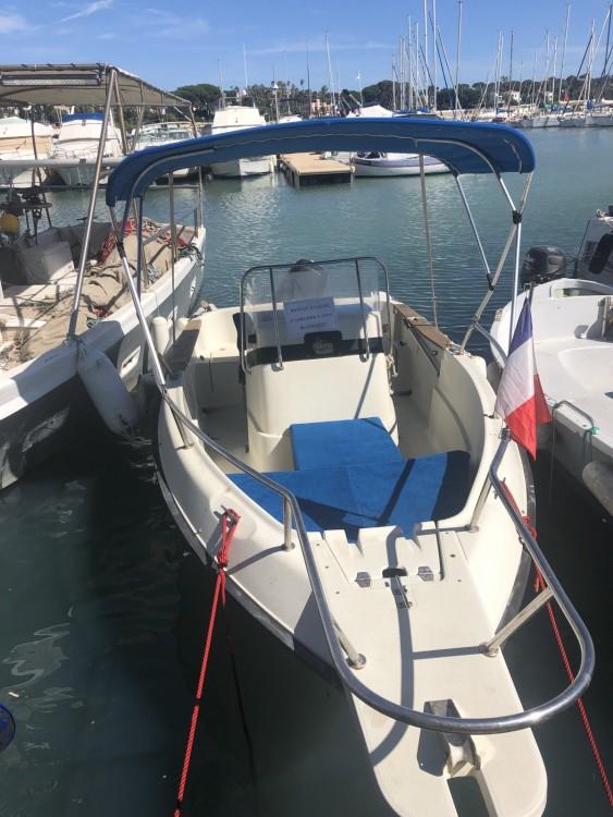 Location bateau Antibes pas cher 17cc