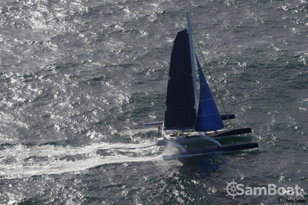 Location bateau Trimaran Prototype course à Lorient sur Samboat