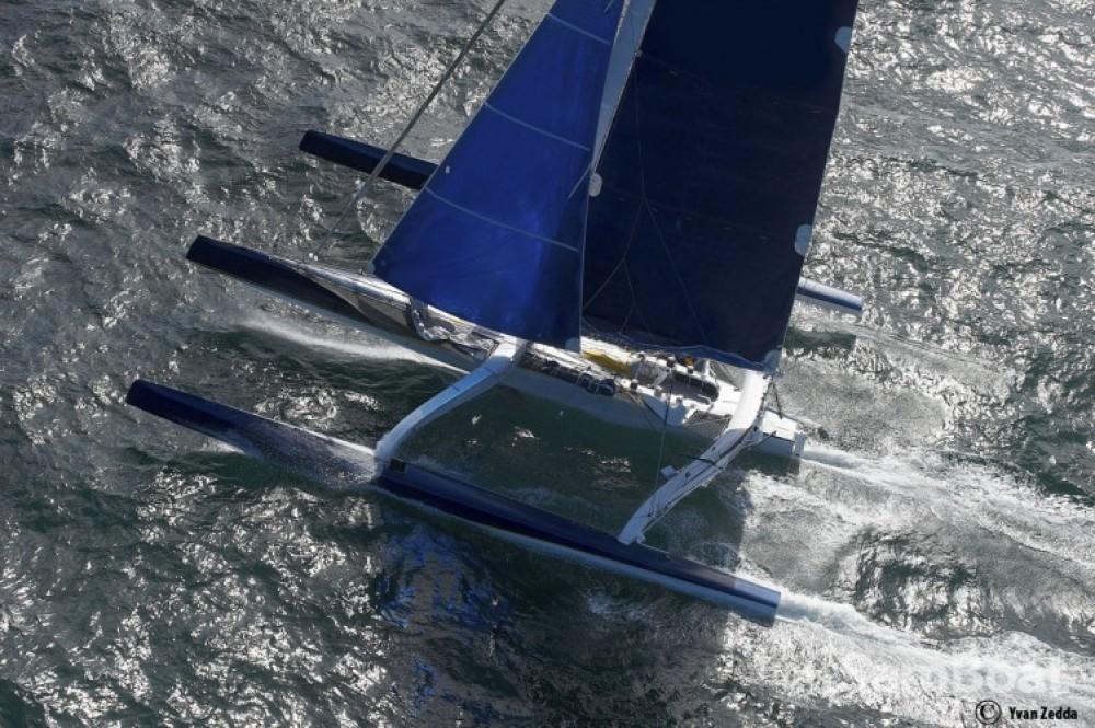 Location Catamaran à Lorient - Trimaran Prototype course