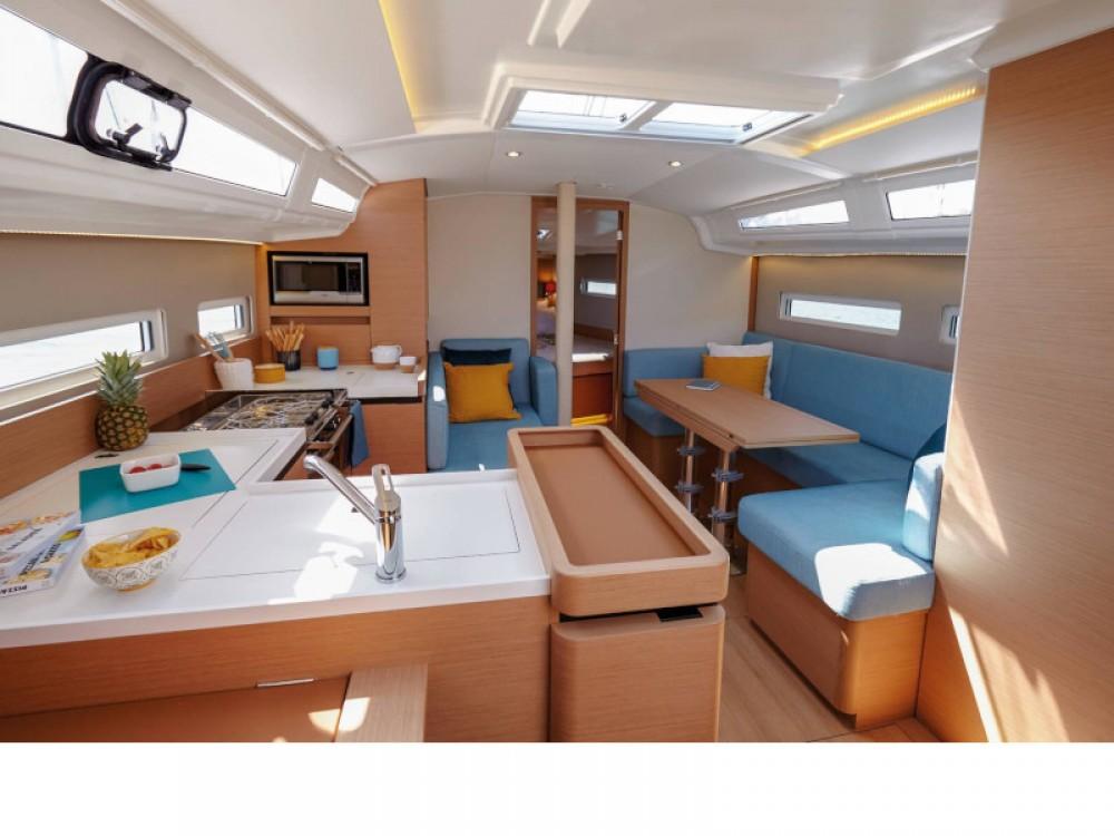Rental yacht Marina Gouvia - Jeanneau Sun Odyssey 410 on SamBoat