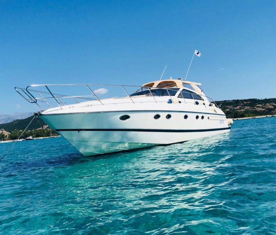 Location bateau Princess V55 à Saint-Tropez sur Samboat