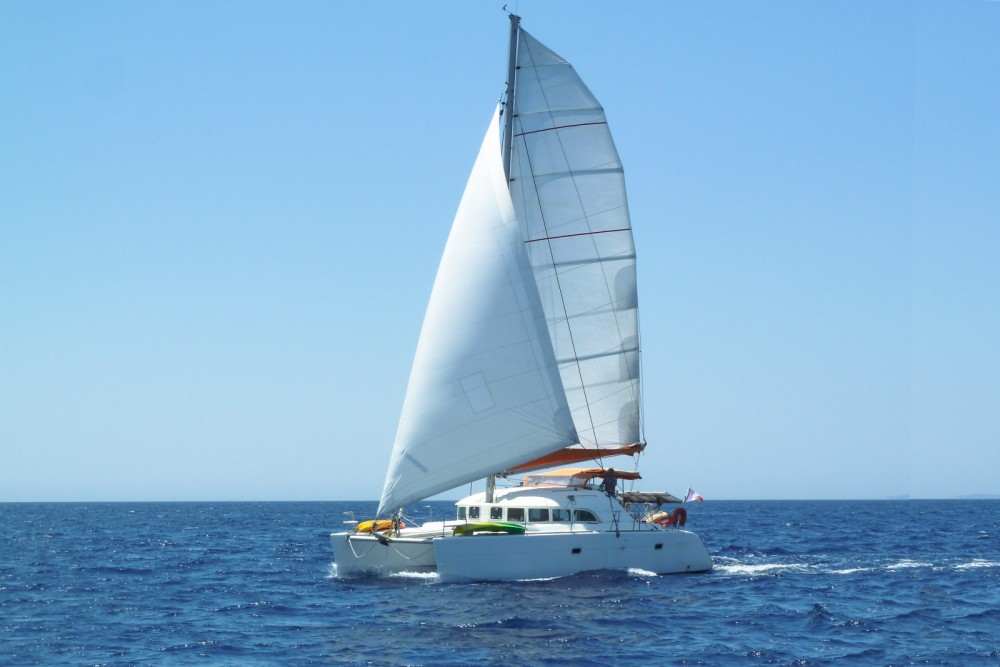 Louer Catamaran avec ou sans skipper Lagoon à Porto-Vecchio