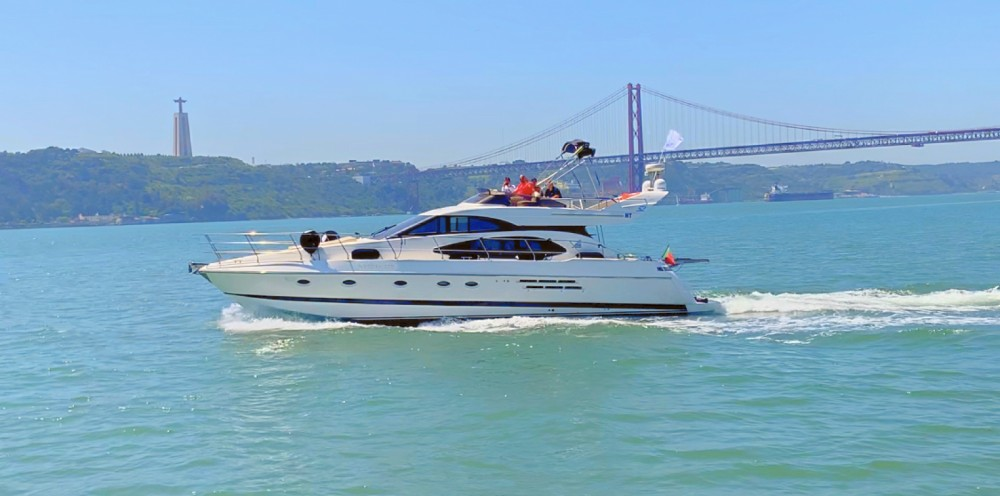 Azimut Azimut 52 Fly between personal and professional Lisbon